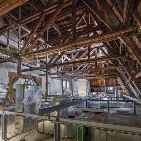 kcb-bild-5-installationsgeschoss-verwaltung.jpg. Vergrösserte Ansicht